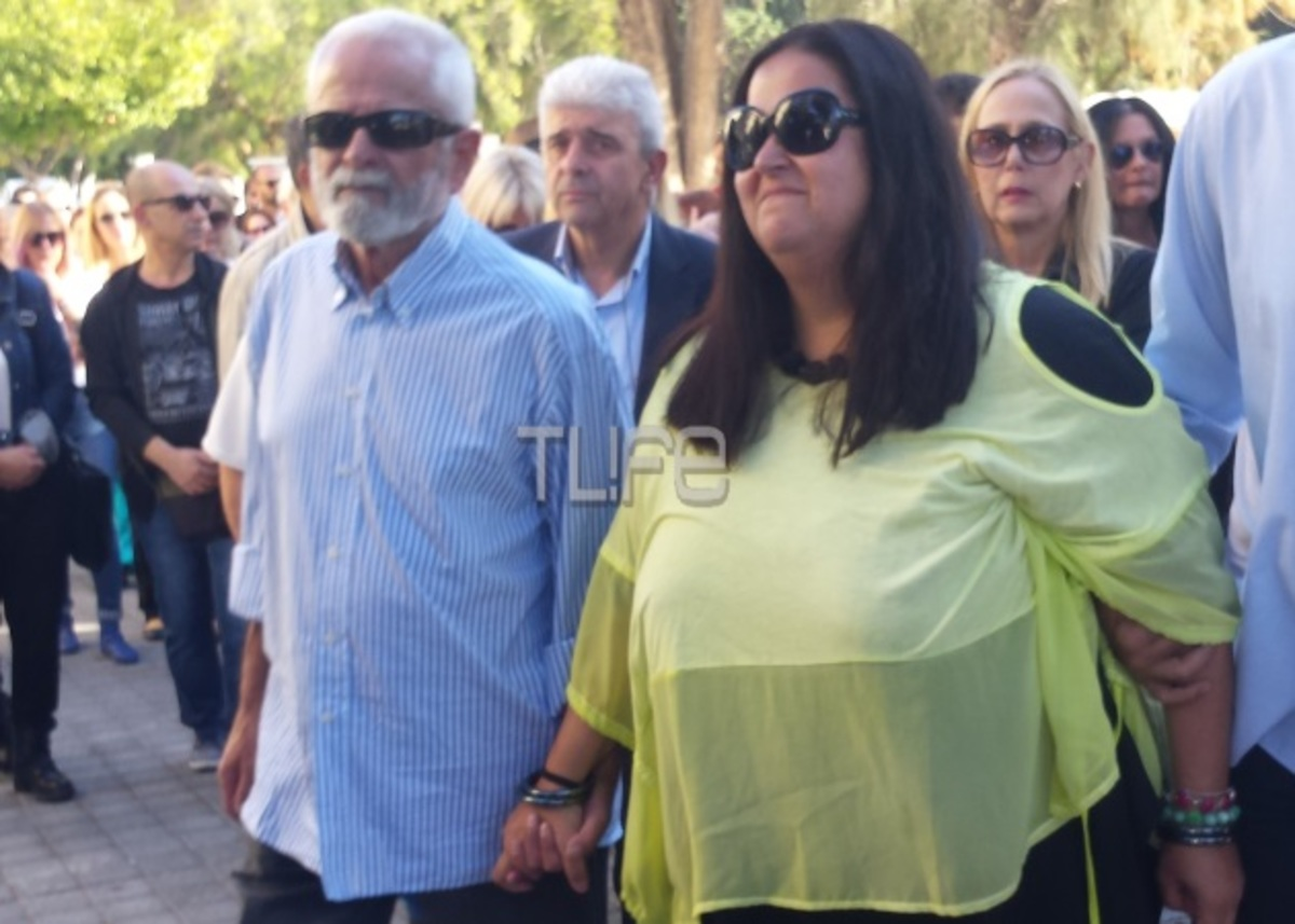 Το τελευταίο αντίο στην Βέτα Μπετίνη [pics]   Newsit.gr