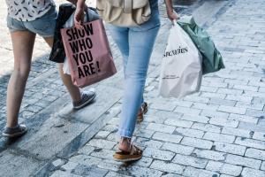 Κρήτη: Απανωτές οι κλοπές σε μαγαζιά – Παίρνουν πράγματα και φεύγουν!