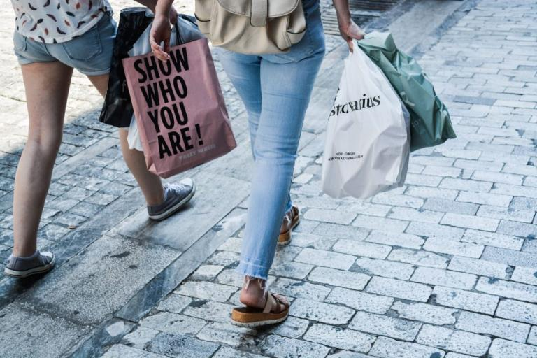 Κρήτη: Απανωτές οι κλοπές σε μαγαζιά – Παίρνουν πράγματα και φεύγουν!   Newsit.gr
