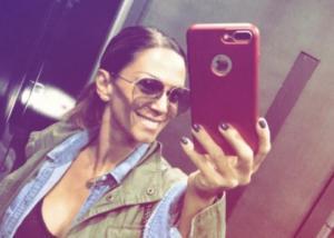 Έλλη Κοκκίνου: Έτσι είναι χωρίς ίχνος μακιγιάζ! Δες τι κάνει το 24ωρο της [pics,vid]