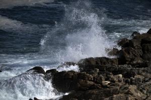 Κρήτη: Γυναίκα εγκλωβίστηκε σε βραχώδη περιοχή – Μεγάλη επιχείρηση διάσωσης