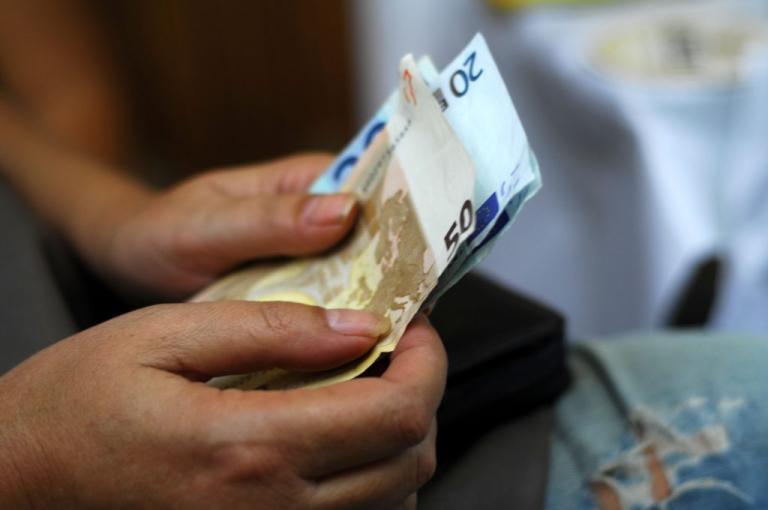 Βερναρδάκης για κοινωνικό μέρισμα: 1000 ευρώ σε 1 εκατ. ανθρώπους | Newsit.gr