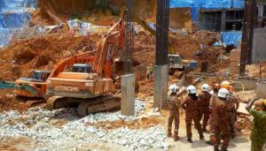 Μαλαισία: 3 νεκροί και 20 αγνοούμενοι από κατολίσθηση σε εργοτάξιο