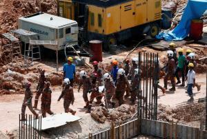 Μαλαισία: 11 οι νεκροί από κατολίσθηση σε εργοτάξιο