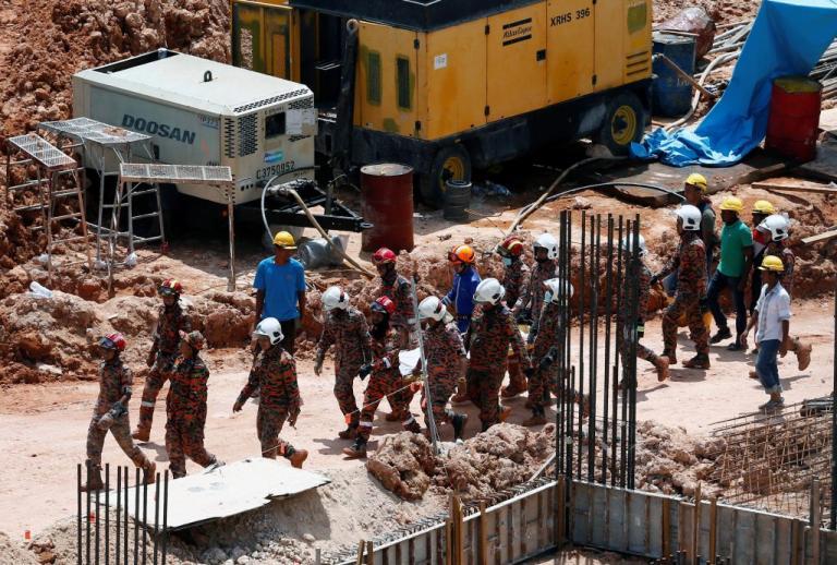 Μαλαισία: 11 οι νεκροί από κατολίσθηση σε εργοτάξιο | Newsit.gr