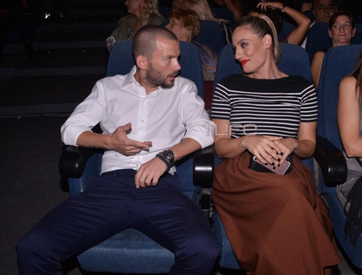 Ελεονώρα Μελέτη: Στο θέατρο με τον σύντροφό της, στους πρώτους μήνες της εγκυμοσύνης της | Newsit.gr