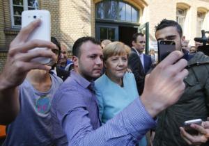 Κομισιόν: Η Γερμανία μπορεί να δέχεται 200.000 πρόσφυγες το χρόνο