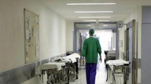 Χαμός σε νοσοκομείο! Μεθυσμένος ασθενής χτύπησε γιατρό και νοσηλευτή