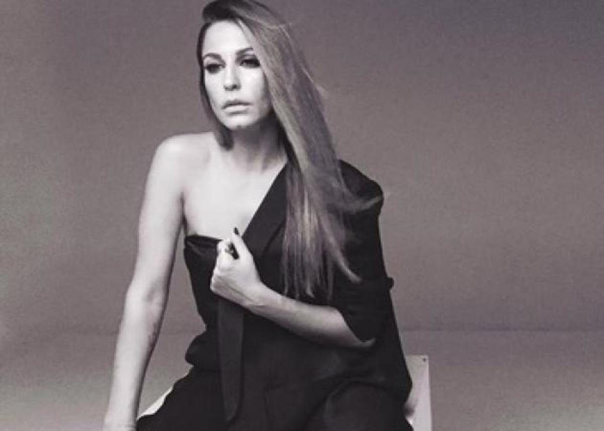 Κατερίνα Παπουτσάκη: Η νέα σέξι φωτογράφιση για εβδομαδιαίο περιοδικό! | Newsit.gr