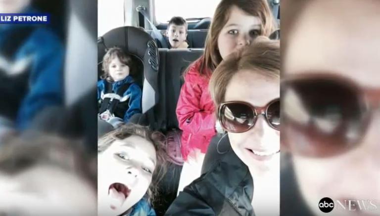 Τι πραγματικά σημαίνει να είσαι εργαζόμενη μητέρα… | Newsit.gr