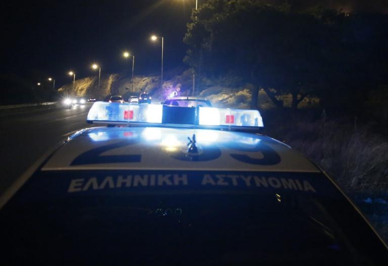 Φωκίδα: Δήλωσε κλοπή του αυτοκινήτου του και βρέθηκε με χειροπέδες | Newsit.gr