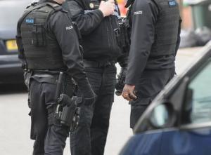 Μεγάλη Βρετανία: Ομηρία σε εξέλιξη – Δεν είναι τρομοκρατική επίθεση