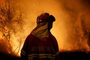 Πορτογαλία: Τριήμερο εθνικό πένθος – Στους 36 οι νεκροί από τις φονικές πυρκαγιές