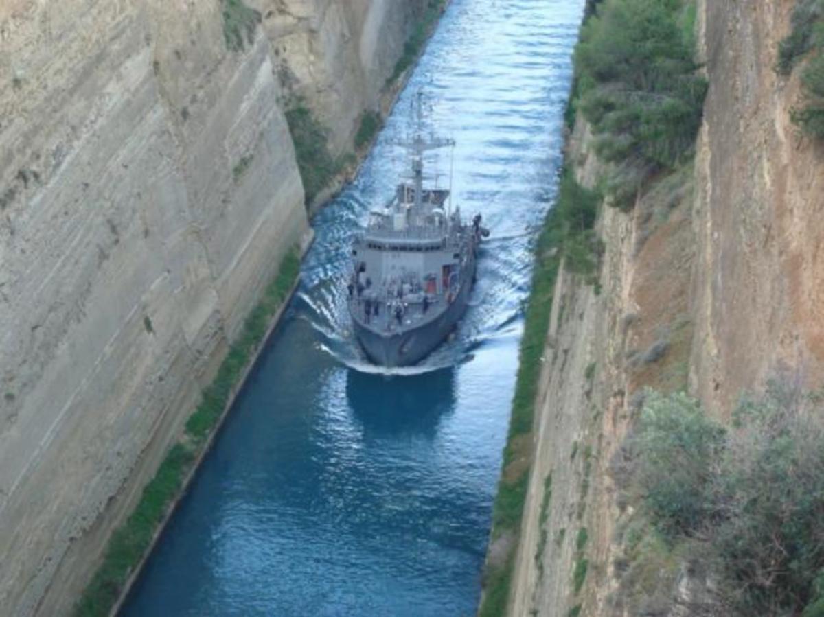 Πυρκαγιά σε ναρκοθηρευτικό του Πολεμικού Ναυτικού στον Σαρωνικό! | Newsit.gr