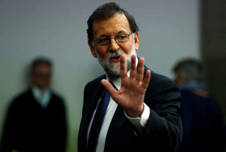 Καταλονία: Ο Ραχόι ενεργοποιεί το Άρθρο 155 για άρση της αυτονομίας της! | Newsit.gr