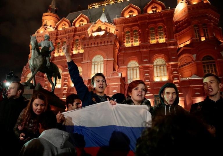 Ρωσία: Τουλάχιστον 60 προσαγωγές σε διαδήλωση κατά του Πούτιν [pics]