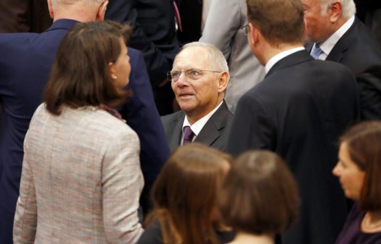 Βόλφγκανγκ Σόιμπλε: Live η εκλογή του στην Γερμανική Βουλή   Newsit.gr