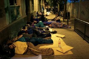Καταλονία – Δημοψήφισμα: Κοιμήθηκαν στους δρόμους! [pics]