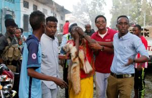 Λουτρό αίματος! 25 οι νεκροί από φανατικούς ισλαμιστές!