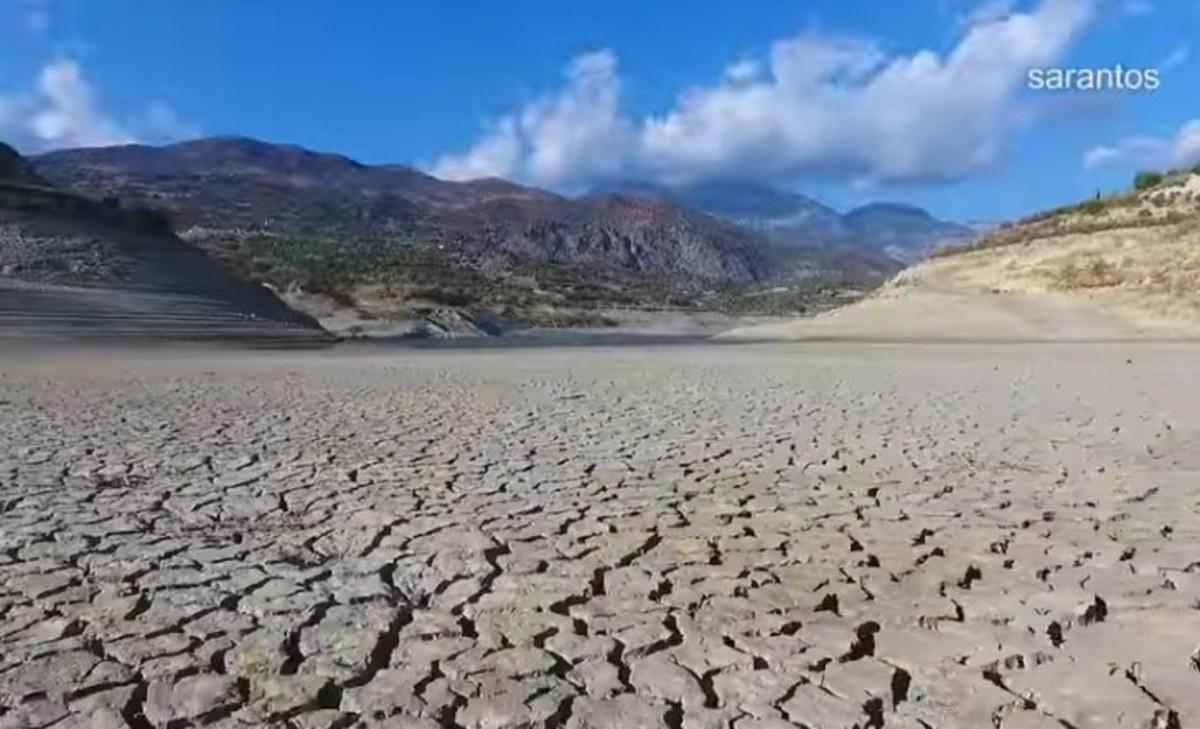 Εφιάλτης! Το φράγμα της Κρήτης θυμίζει Αφρικανική έρημο [vid] | Newsit.gr