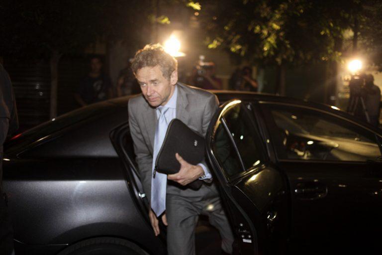 Spiegel: ΔΝΤ και ΕΚΤ αμφιβάλλουν για το μέλλον της Ελλάδας | Newsit.gr