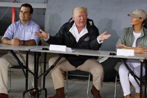 """Τραμπ στους πληγέντες του Πουέρτο Ρίκο: """"Μας καταστρέψατε τον προϋπολογισμό»!"""