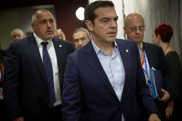 Τσίπρας σε δημοσιογράφους: Τζετ λαγκ παιδιά! | Newsit.gr