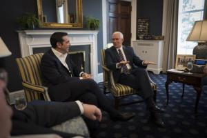 Στήριξη σε όλα τα «μέτωπα» ζήτησε ο Τσίπρας από τον Πενς – Τουρκία, Κυπριακό και Σκόπια στο «τραπέζι» της συνάντησης [pics]