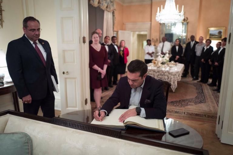Το «αντίο» του Αλέξη Τσίπρα στον… Λευκό Οίκο [pic]   Newsit.gr
