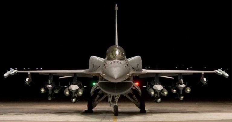 Πόλεμος για τα F16 – Στήριξη Τράμπ με κόστος… 2,4 δισ. – Οι ευχές και οι υπογραφές | Newsit.gr