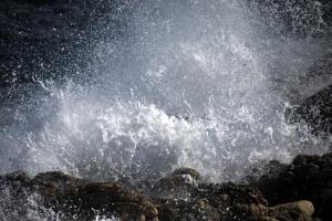 Κρήτη: Τραγικό τέλος! Νεκρή η γυναίκα που είχε εγκλωβιστεί σε βραχώδη περιοχή