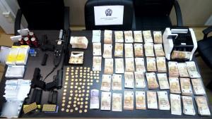 Χάπια, σφαίρες και… 10 εκατ. ευρώ στου Ρέντη – Τεράστιες ποσότητες αναβολικών και viagra βρέθηκαν σε αποθήκες [pics, vid]