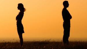 Κορυφαίος Έλληνας παρουσιαστής αποκαλύπτει για πρώτη φορά ότι χώρισε!