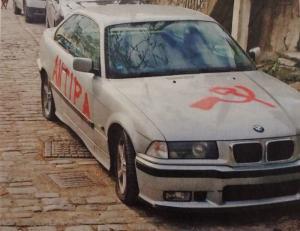 Ξάνθη: Καθηγητής πανεπιστημίου βρήκε έτσι το αυτοκίνητό του – Οι εικόνες του βανδαλισμού σαρώνουν το διαδίκτυο [pics]