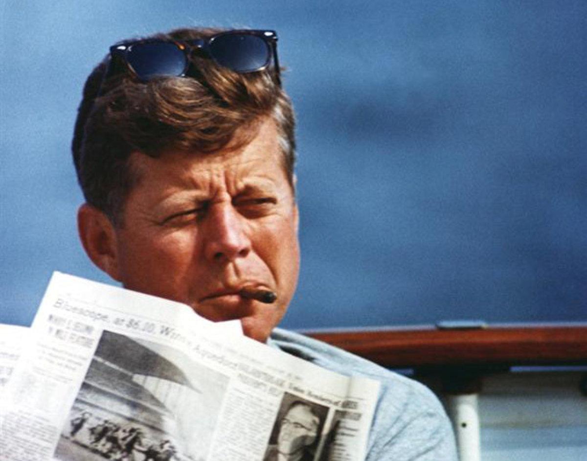 Τζον Φ. Κένεντι: Στην δημοσιότητα έγγραφα τα οποία δεν ήθελε να δώσει η CIA | Newsit.gr