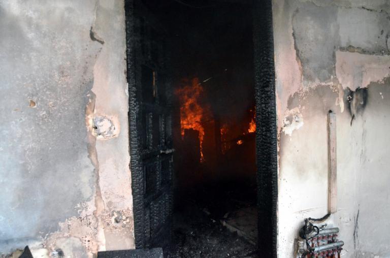 Μυτιλήνη: Κάηκε ζωντανός στο σπίτι του – Τραγωδία στο Πλωμάρι με φρικτό θάνατο άντρα! | Newsit.gr