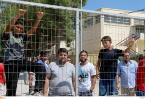Λέσβος: Προβληματίζει το ρεκόρ αφίξεων προσφύγων και μεταναστών – Έφτασαν 2.216 άτομα τον Οκτώβριο!