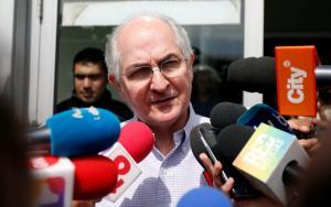 Ο δήμαρχος του Καράκας ζήτησε πολιτικό άσυλο στην Ισπανία