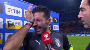 «Λύγισε» ο Μπουφόν! Αποχαιρέτησε με δάκρυα την εθνική Ιταλίας [vid]