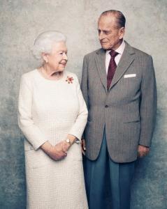 Πλατινένια επέτειος! 70 χρόνια γάμου για βασίλισσα Ελισάβετ και πρίγκιπα Φίλιππο