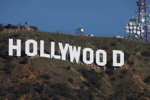 Σάλος στο Χόλιγουντ! Τον κατηγορεί πως τη βίασε και την κόλλησε HIV