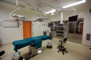 Λάρισα: Σπαραγμός για 14χρονη μαθήτρια που πέθανε μετά από χειρουργική επέμβαση στο κεφάλι – Θρήνος στο νοσοκομείο!