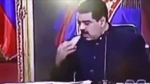 Μαδούρο: Τσίμπησε σνακ στο διάγγελμα – Πείνα για τον λαό στη Βενεζουέλα [vid]