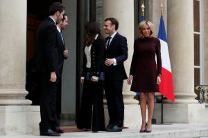 Παρίσι: Συναντήθηκαν Μακρόν – Χαρίρι! «Έλαμψε» η Μπριζίτ Τρονιέ