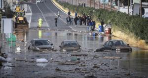 Νεκρή γυναίκα στη Μάνδρα – Πνίγηκε μέσα στο σπίτι της – Εικόνες βιβλικής καταστροφής