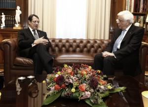 Συνάντηση Παυλόπουλου – Αναστασιάδη με μηνύματα στην Άγκυρα