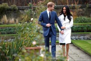Πρίγκιπας Χάρι – Meghan Markle: Δαχτυλίδι αρραβώνων με «άρωμα» Νταϊάνα [pics, vid]
