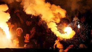 Εισβολή οπαδών στο γήπεδο και διακοπή στη Βραζιλία