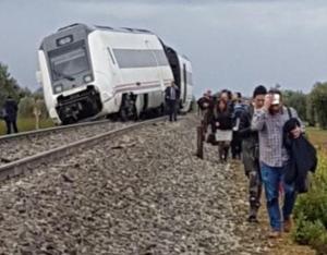 Σκηνές τρόμου! Εκτροχιασμός τρένου με 21 τραυματίες στην Ισπανία