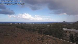 Καιρός: Ο «Ζήνωνας» έφτασε! Εντυπωσιακές εικόνες από υδροστρόβιλο στην Κρήτη – «Περίεργο» φαινόμενο στη Ζάκυνθο